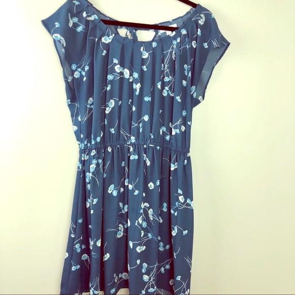 f3e7b0b0fc12 LC Lauren Conrad Dresses | Womens Blue Floral Dress Large | Poshmark